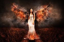 Een duistere maagdelijke engel met vlammen in witte jurk